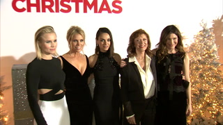 A Bad Moms Christmas – Red Carpet